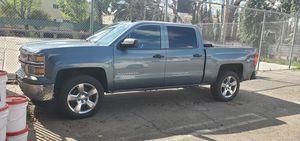 2014 chevy silverado for Sale in Los Angeles, CA
