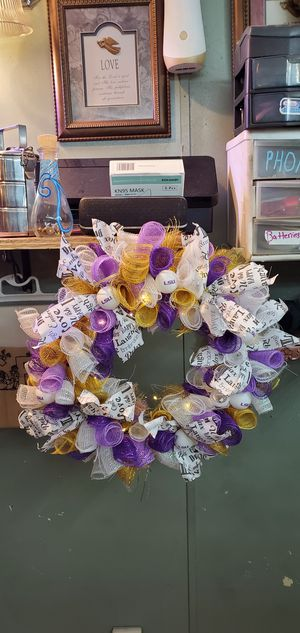 Lsu wreath with battery lights for Sale in Dry Prong, LA