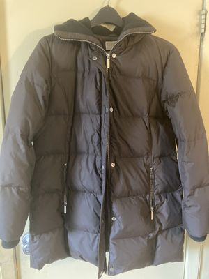 Michael Kors Beautiful Warm Brown Winter Coat Size Large Women's for Sale in Hicksville, NY