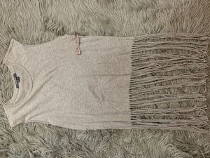 Small Gray Fringe Top for Sale in Fontana, CA