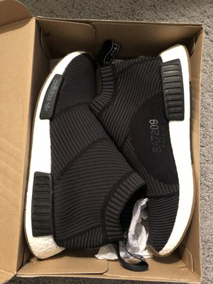 Adidas nmd size 10.5 no trades for Sale in Orlando, FL