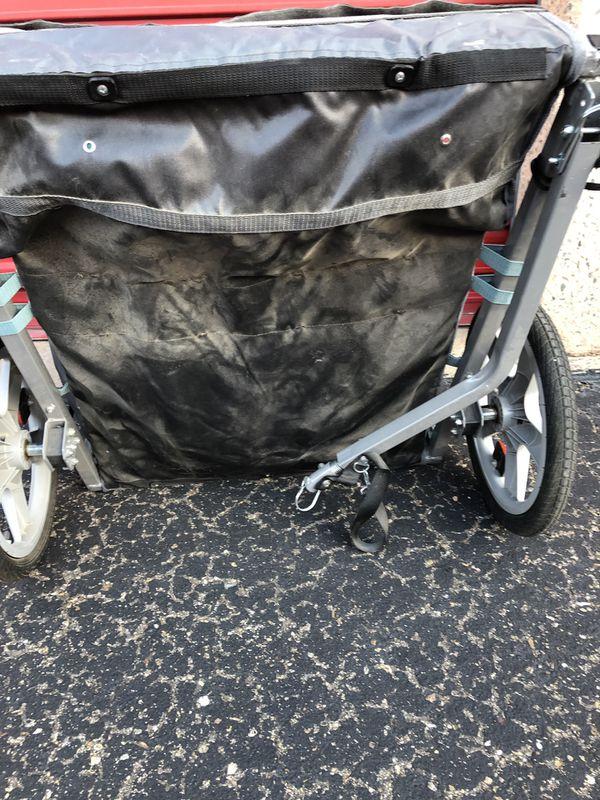 Like new InSTEP Take 2 Bicycle Baby/Kids Pet Bike Trailer - Light Blue/Grey