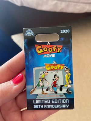 Disney a goofy movie 25th anniversary pin limited edition for Sale in Federal Way, WA