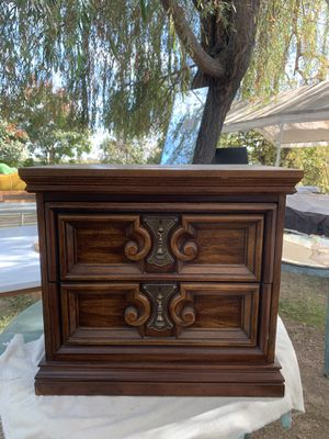 Small wood ornate end table storage cabinet for Sale in Kerman, CA