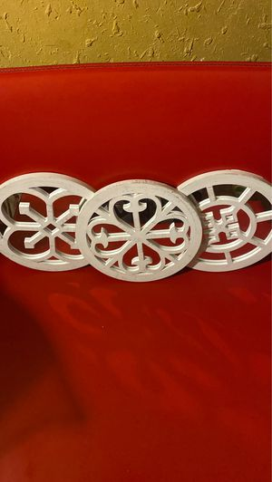 3 white round mirror wall hanging pictures for Sale in Olivette, MO