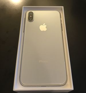 IPhone X 256 gb Unlocked LIKE NEW for Sale in Puyallup, WA