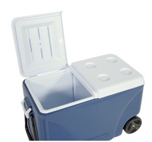 75 Qt. Blue Wheeled Cooler for Sale in Daly City, CA