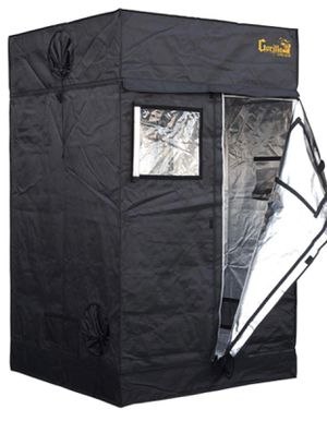 Gorilla Grow Tent 4 by 4 feet for Sale in Long Beach, CA