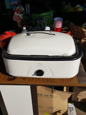 Rival 16 quart roaster oven for Sale in Clovis, CA
