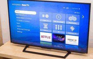 Free Smart TV oLed for Sale in Bowman, ND