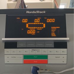 NordicTrack Treadmill for Sale in San Marcos,  CA