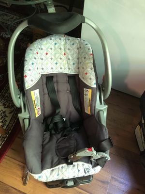 Car seat with base for Sale in Nashville, TN
