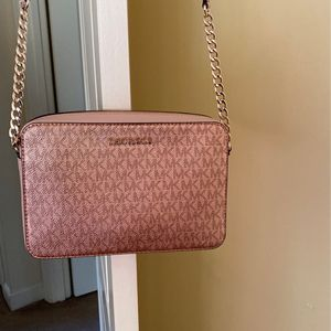 Michael Kors Bag Never Used for Sale in North Attleborough, MA