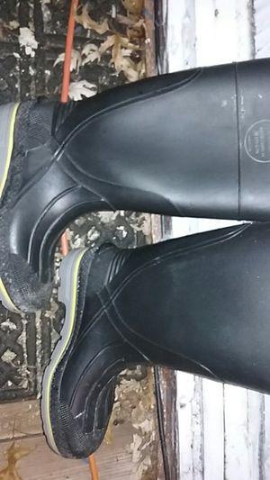 Servus Pvc rubber steel toe boots size 4 adult unisex for Sale in Lincoln, NE