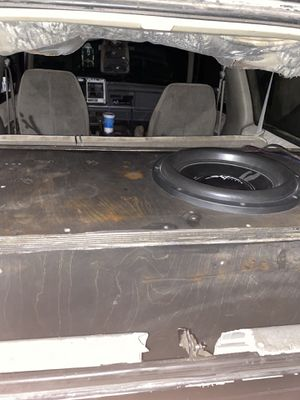 Skar evl 15 in custom ported box for Sale in DeBary, FL