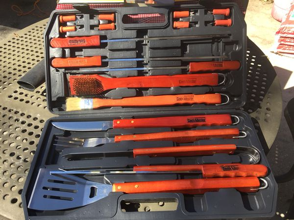 18 Pieces BBQ Grilling Set with Hard Case