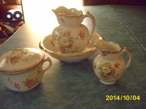 Antique 5 pc China chamber set - roses for Sale in Holly Hill, SC