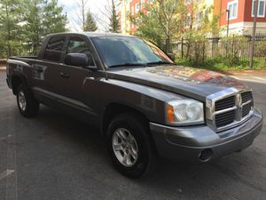 ☆ 2005 DODGE DAKOTA 4x4! ☆ ● Only 86K Miles ● Great condition ● Clean Title in hands! Price: $7.900$ Cash! for Sale in Boston, MA