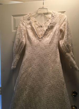 White Wedding dress for Sale in Las Vegas, NV