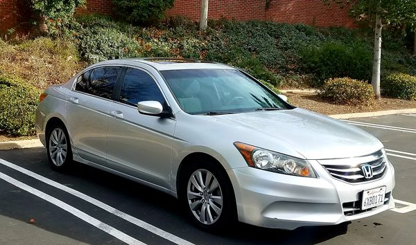 2012 Honda Accord EX Sunroof alloy wheels