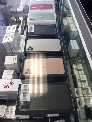 IPhone 11 - IPhone 11 Pro Max with financing for Sale in Garden Grove, CA