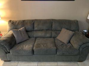Complete living room set for Sale in Laveen Village, AZ