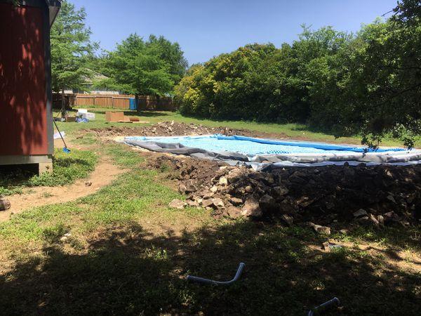 Acre shredding pool leveling pad base
