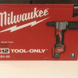 MILWAUKEE 2550-20 m12 rivet tool (tool only) for Sale in Woodbury, NY
