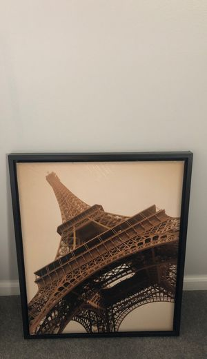 Eiffel tower perfect condition canvas for Sale in Dearborn, MI