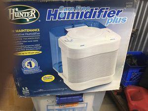 Hunter care free humidifier plus $20 brand new still in box for Sale in Nashville, TN