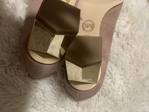 Brand new Michael KOrs heels size 6 for Sale in Pittsburgh, PA