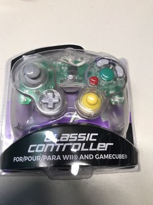 GameCube controller for Sale in Miami, FL