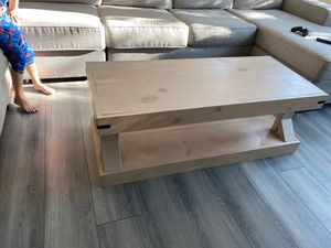 Farmhouse coffee table for Sale in Beaumont, CA