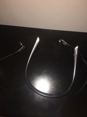 Samsung level Bluetooth headphones for Sale in Sterling, VA