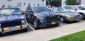 ADULT OWNED 2011 JEEP GRAND CHEROKEE for Sale in Yonkers, NY