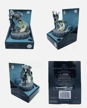 Walgreens Exclusive Nightmare Before Christmas Musical Light up Water Snow Globe for Sale in Brooklyn, NY
