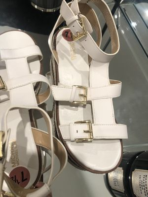 Michael kors shoes 7.5 for Sale in Hialeah, FL