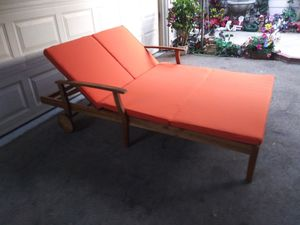 Outdoor patio wood double chaise lounge chair for Sale in Los Angeles, CA