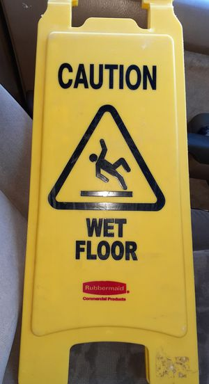 Wet Floor Sign for Sale in Laredo, TX