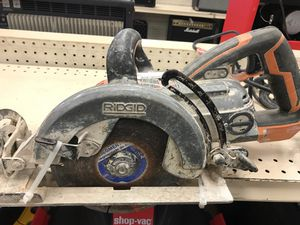 Ridgid R32102 7-1/4in magnesium hypoid saw for Sale in Austin, TX