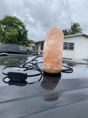 Small Himalayan Salt Lamp for Sale in Hollywood, FL