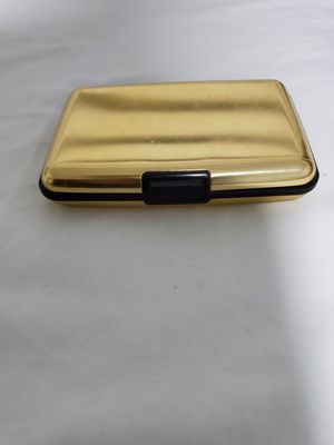 Wallet with Multiple Pockets for Sale in Spring Valley, CA
