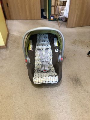 Graco car seat for Sale in Bloomington, IL