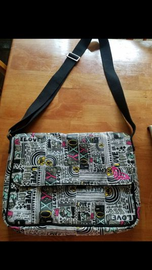 Cute Roxy Messenger Bag Great Condition for Sale in Virginia Beach, VA