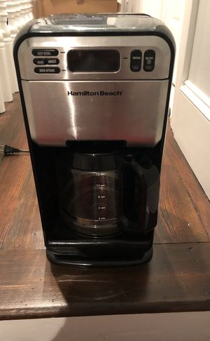 Coffee pot- highly rated Hamilton breach for Sale in Philadelphia, PA