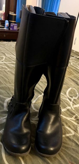 Black boots for women Clarks for Sale in New York, NY