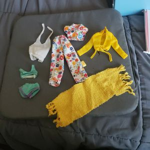 SKIPPER Barbie Mixed Clothes Lot for Sale in Ontario, CA