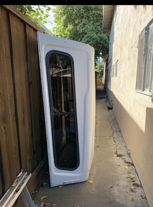 Camper Shell $250 Y Rack $450 for Sale in Fresno, CA