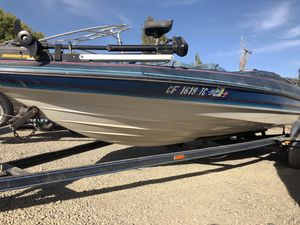 Fishing boat, bass boat for Sale in Tracy, CA