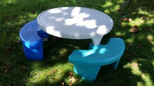 Round fisher price picnic table for Sale in Washington, DC